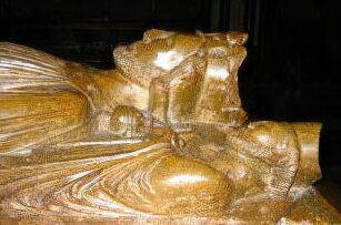 King John tomb effigy at Worcester